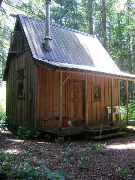 cabin-450x600
